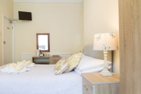 The Firs Bed and Breakfast Plymouth Bedrooms Family Room with Shared Facilities 1st Floor