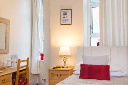 The Firs Bed and Breakfast Plymouth Standard Single Room with Shared Facilities